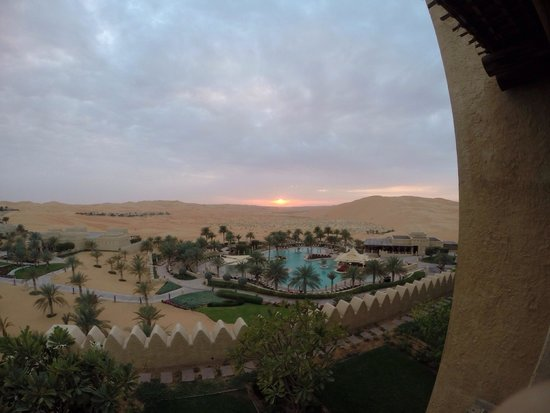 Qasr Al Sarab Desert Resort by Anantara : Room view
