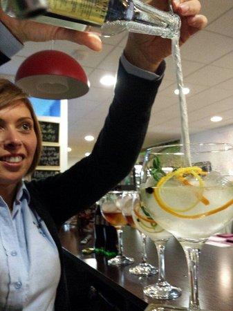Vinoteca el Descorche: Preparado un buen Gin Tonic
