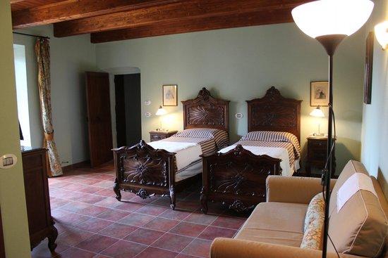 camera da letto stile barocco - Foto di Il Baciass, Pinerolo ...