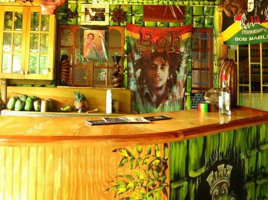 Barry's Rooms - IrieStyle Cafe & Tours: IrieStyle Cafè