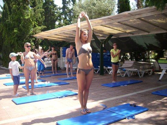 Pigale Family Club: Утренняя гимнастика