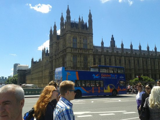 Cámaras del Parlamento: Closer look of the Palace of Westminster