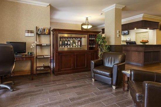 Hotel Chateau Bellevue: Electronic wine bar - bar à vin électronique