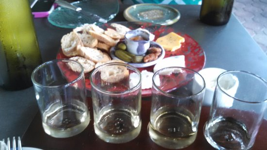 Rise no. 1: Cheese plate and French white wine flight.