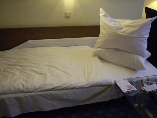 Hotel Königshof The Arthouse : Кровать дополнительная