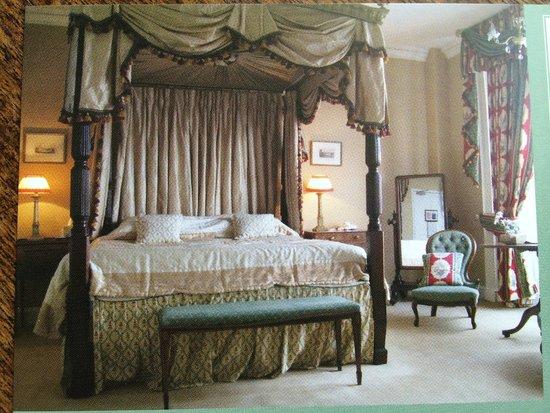 Golden Fleece Hotel: Room 4