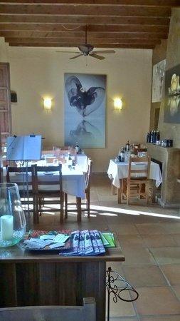 Peperoncino: Seating area