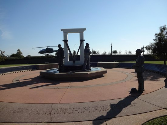Veterans Memorial Park: Another view of the WW II Memorial with Huey in background