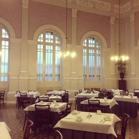 Balneario Termas Pallares - Hotel Parque: Breakfast Time