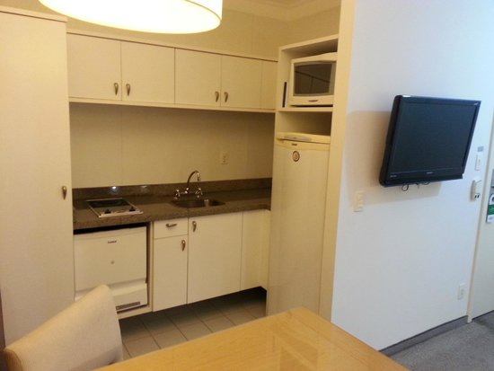Nobile Suites Congonhas: Cozinha completa
