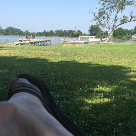 The Inn at Tabbs Creek Waterfront B&B : Relax.