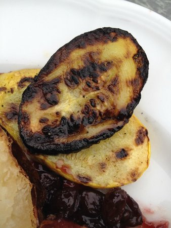 GranView: Example of (burnt) summer squash served with our entree