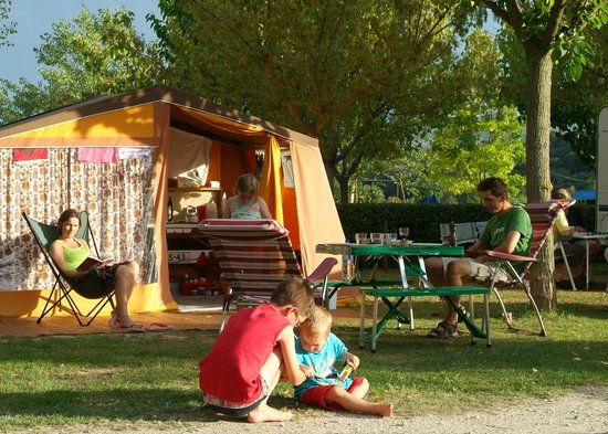 Camping Montagut : Ambiente tranquila