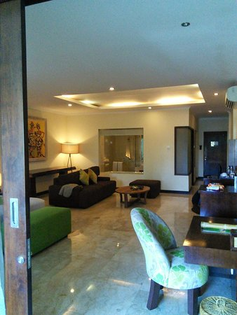 Kamuela Villas and Suite Sanur: suite