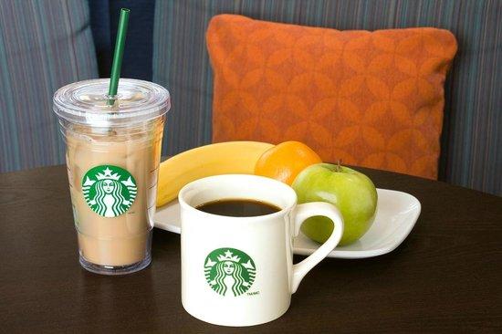 Courtyard Washington, DC/Dupont Circle: 24 hour Starbucks served at the Bistro