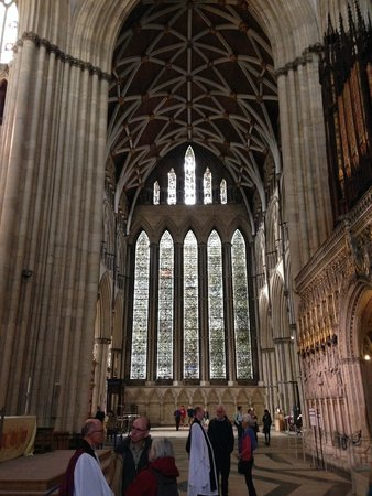 Catedral de York: Internal view of a middle window in the Minster