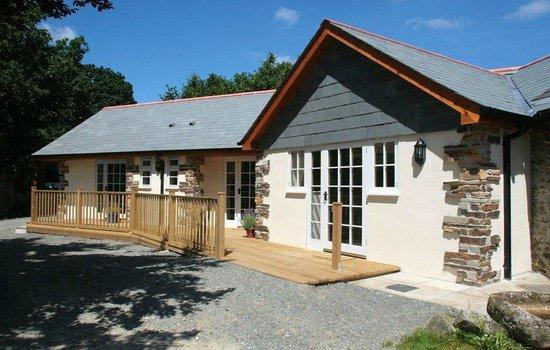 Lesquite: Cottages & door to breakfast room