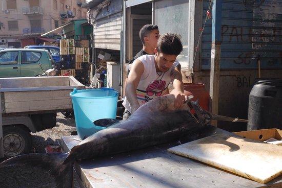 Mercato Ballarò: Swordfish