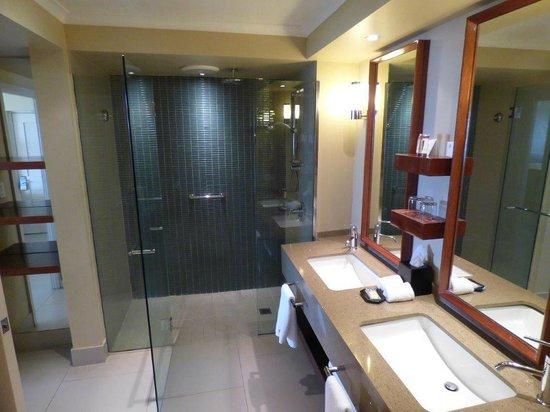 Sheraton Fiji Resort : bathroom