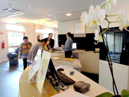 Idea Hotel Plus Milano Malpensa Airport: the lobby