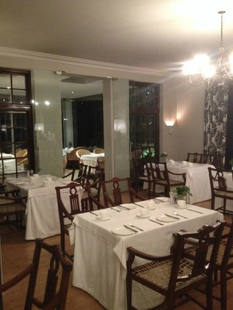 The Cellars-Hohenort: The Conservatory restaurant