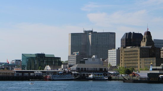Halifax Harbour Ferry : Havnefronten