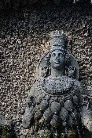 Villa d'Este : Повторяющихся фонтанов нет