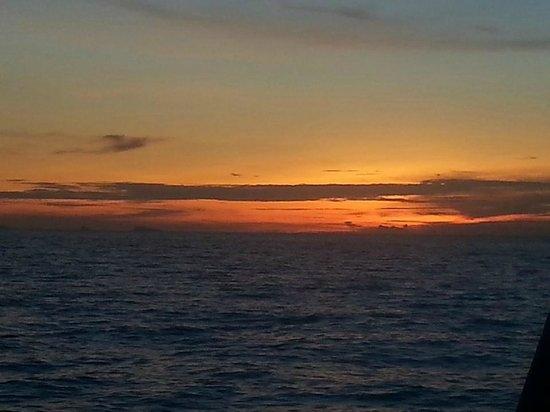 Chantara, Junk Boat : Sunset