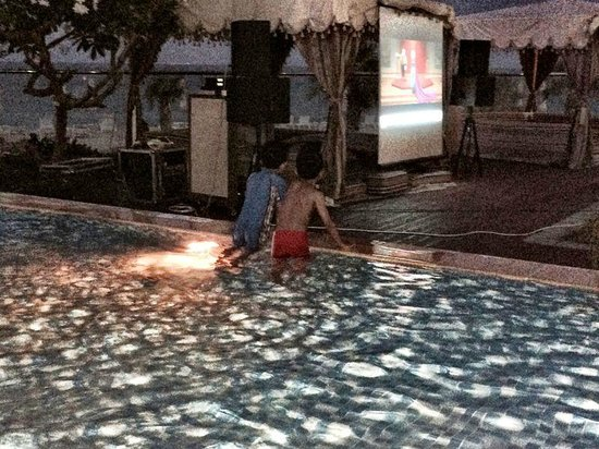 Radisson Blu Resort Fujairah: the kids enjoying 'Frozen' while hanging out at the 2nd kids pool