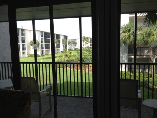 Sundial Beach Resort & Spa: Porch