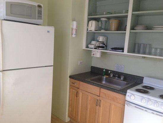 Drop Anchor Resort : Kitchen