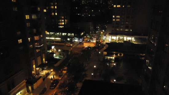 Gardens NYC–an Affinia hotel: Night view from 11th floor balcony.