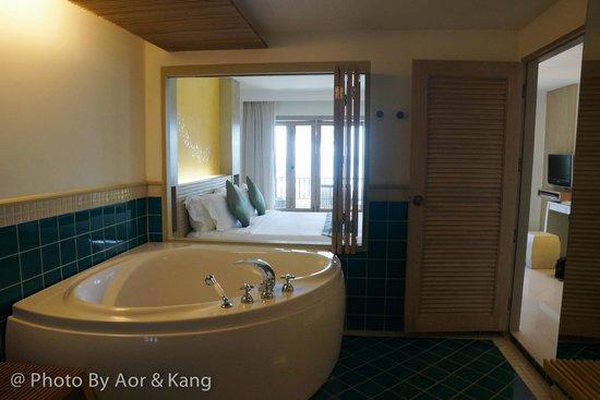 Mercure Koh Chang Hideaway Hotel: Deluxe King Room Ocean View