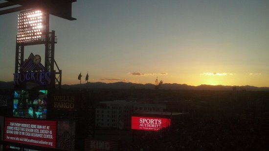 Coors Field : Sunset