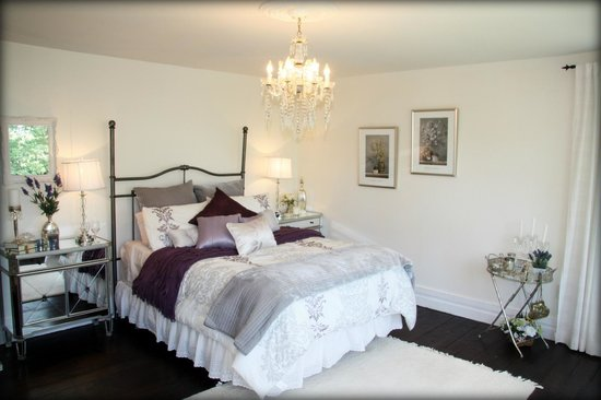 Daisy Hill Bed and Breakfast : River Suite (Bridal)