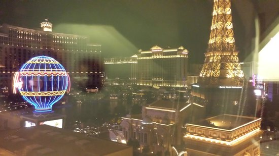 Planet Hollywood Resort & Casino: Night View Rm# 1695