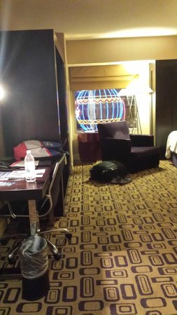 Planet Hollywood Resort & Casino: View from door entry