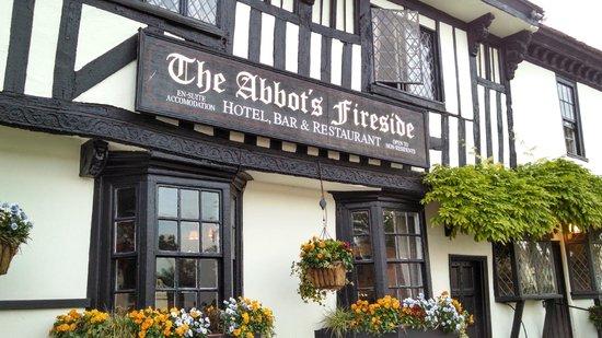Abbot's Fireside Restaurant : Front Entrance