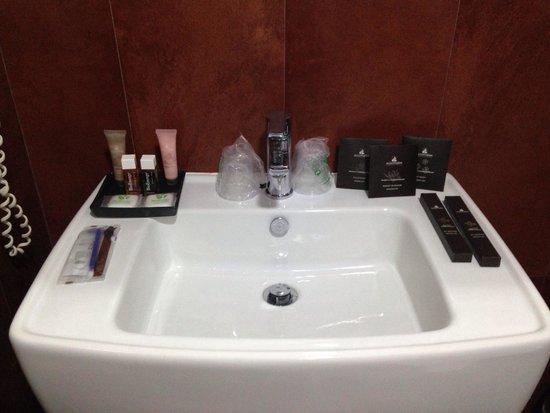 Navona Colors Hotel: Bathroom toiletries