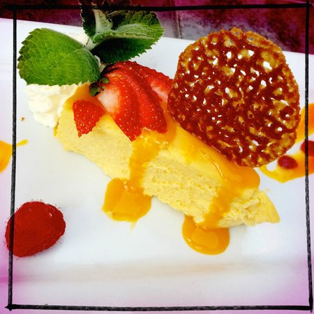 Martine's Bistro : Cheese Cake