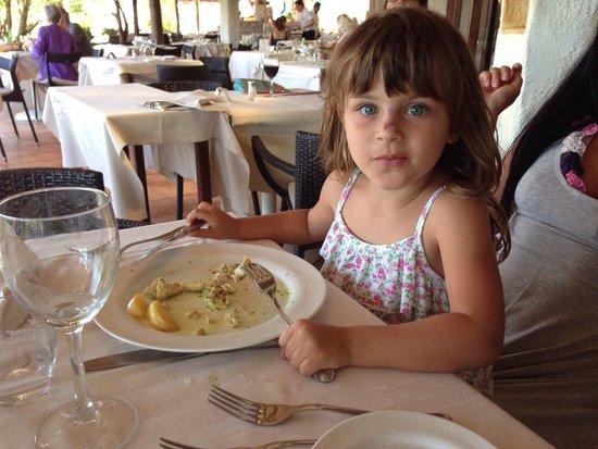 Hotel La Bisaccia : Guendalina pranzo alla Busaccia Baia sardinia 2014