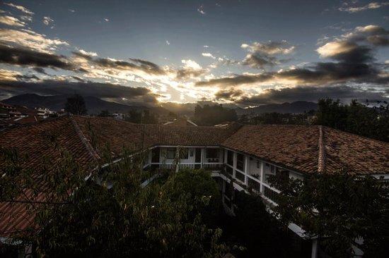 Hotel Apartamentos Otorongo: Amanecer