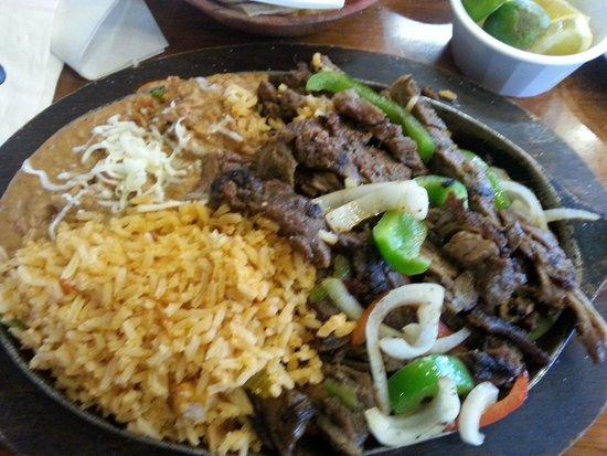 Carnitas Queretaro El Paso 10801 Pebble Hills Blvd Restaurant Reviews Phone Number