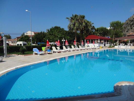 White Hotel: pool