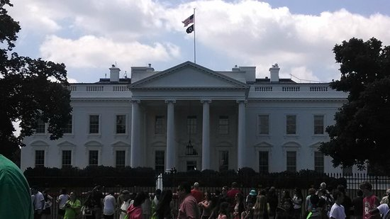 USA Guided Tours: Picture taken on the Best of DC Tour June 14th- White House