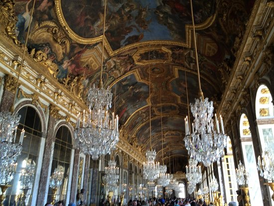 Château de Versailles : One of the many fabulous state rooms