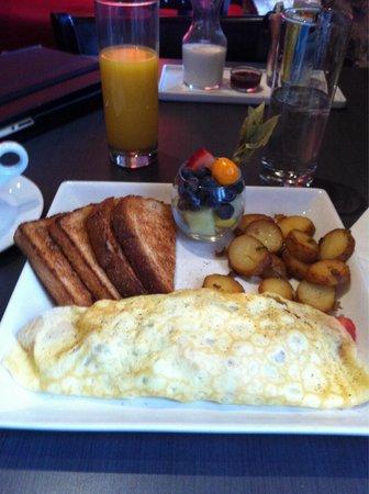 L'Hotel Port-Royal: Un vrai petit déjeuner !