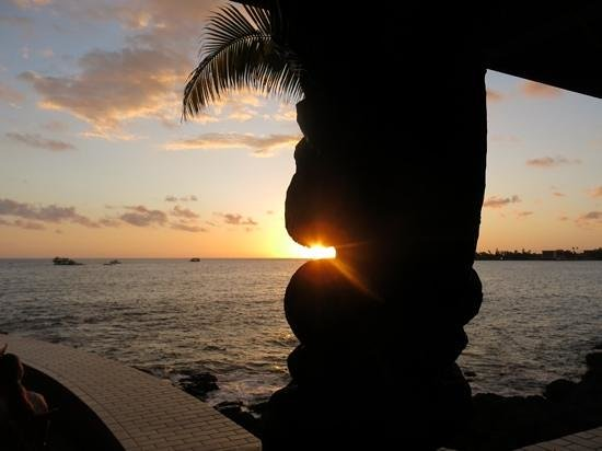 Royal Kona Resort : great sunsets in Kona