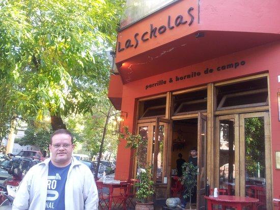 Las Cholas: Fachada