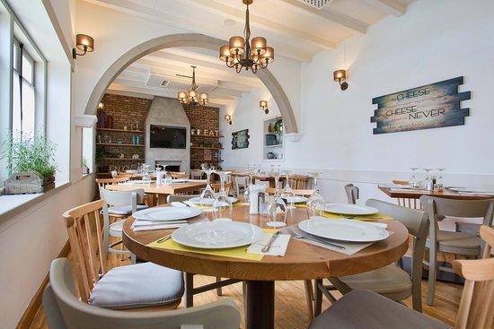 Amazing Atmosphere - Picture of Landhaus Kitchen Bar, Larnaka City ...